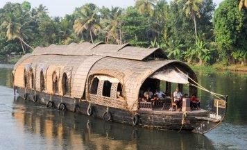 Kerala Deluxe Tour