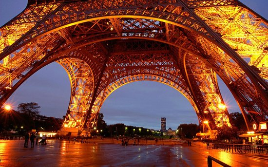 Paris Tour Package