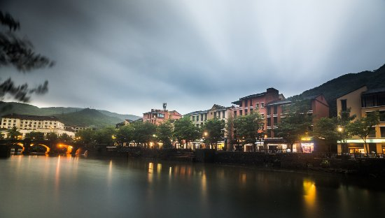 Lavasa Family Tour Packages
